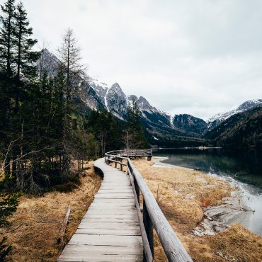 10 Ideas To Spice up Your Next Hiking Trip